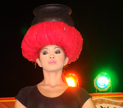 This beautiful lady of Bago Tribe of Salcedo, Ilocos Sur wins the first ever Miss Baggak Ti Daya tilt.