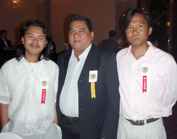 Dagiti nangabak iti Iluko Category: Ariel Tabag, Rey Doque ken Danny Antalan